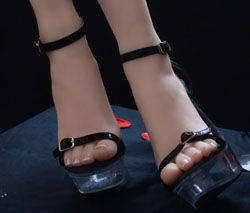 female feet model