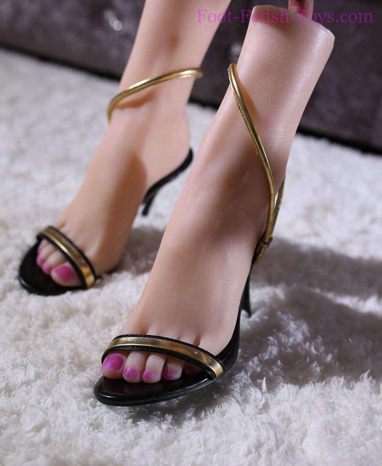 Foot fetish lady