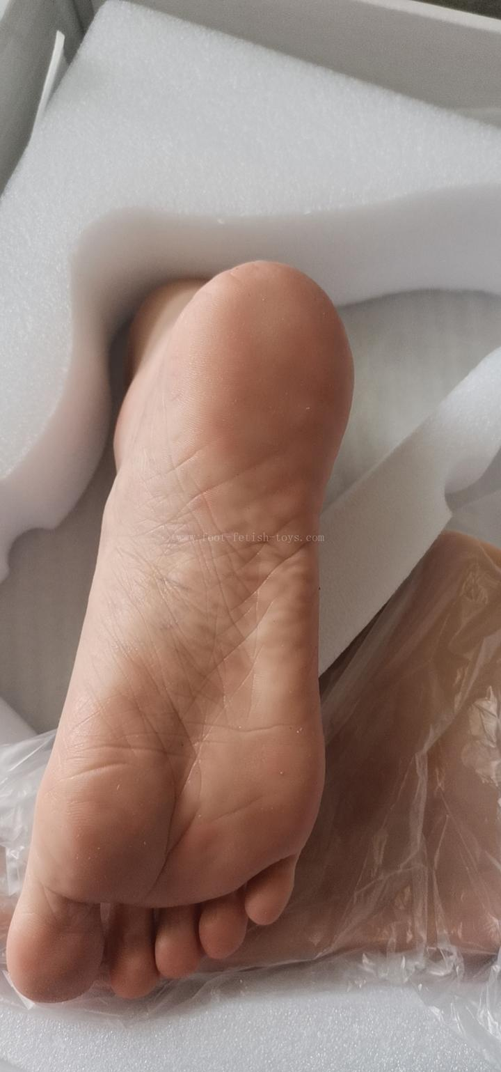 foot worship doll