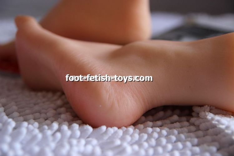 toying footfetish