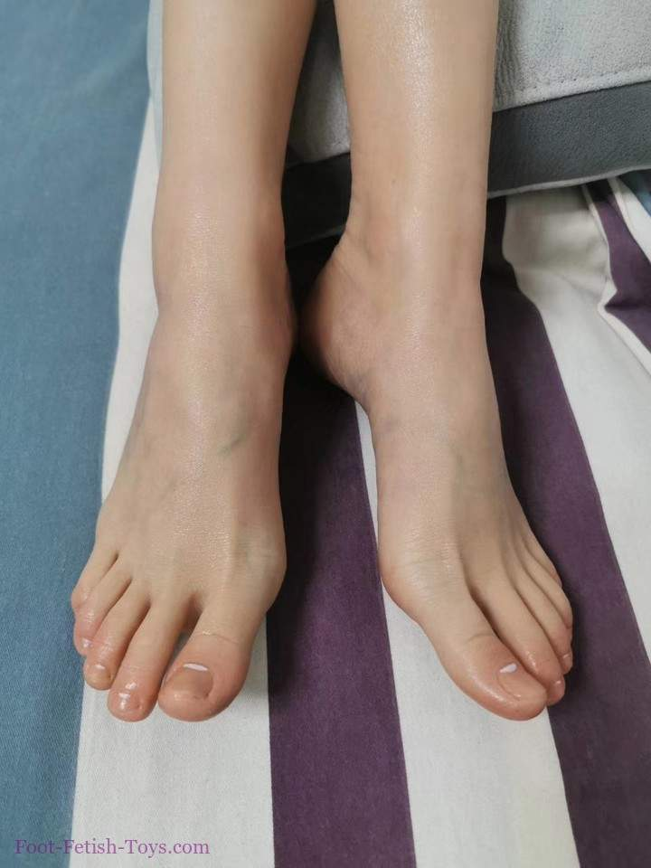 Silicone foot