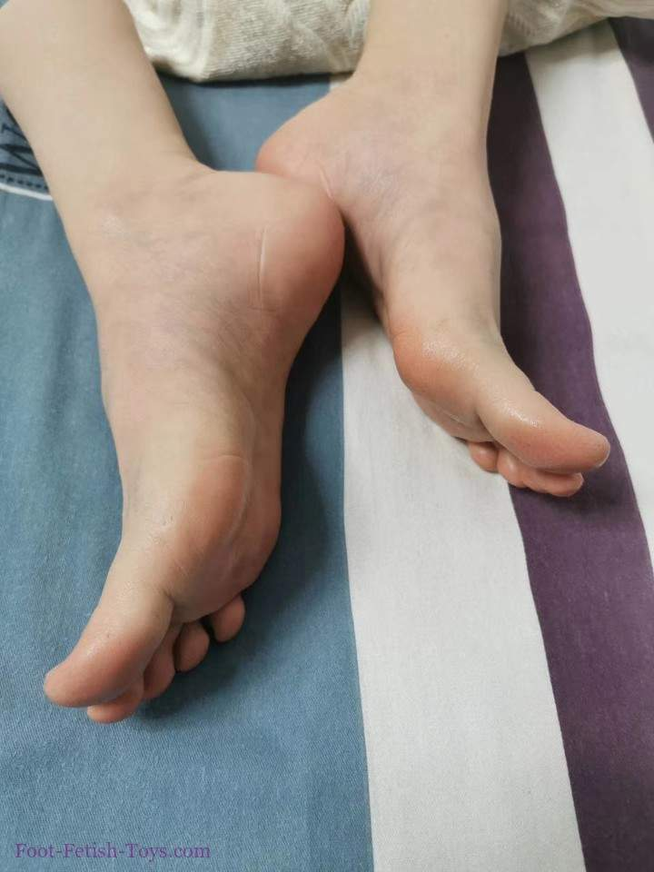 silicone foot toy